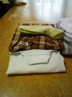 洗濯物を畳んで